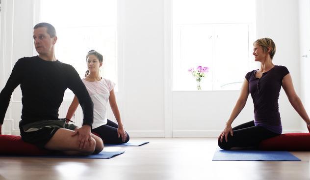 Certified Iyengar Yoga instruktor Lone Kristensen, yoga Nørrebro, yoga Copenhagen, iyengar yoga copenhagen, yoga classes in english in copenhagen